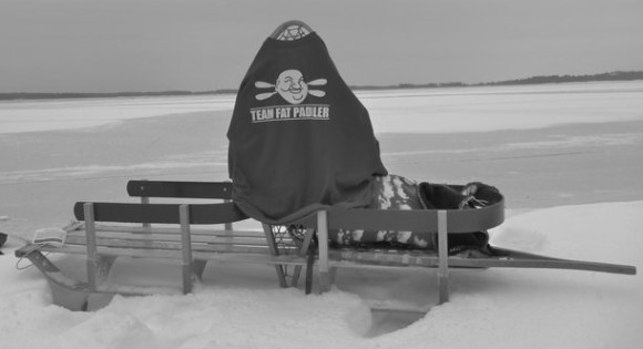 Found on the frozen Ottawa River, Canada! (Thx Lee, from http://awholebunchofings.blogspot.com/)