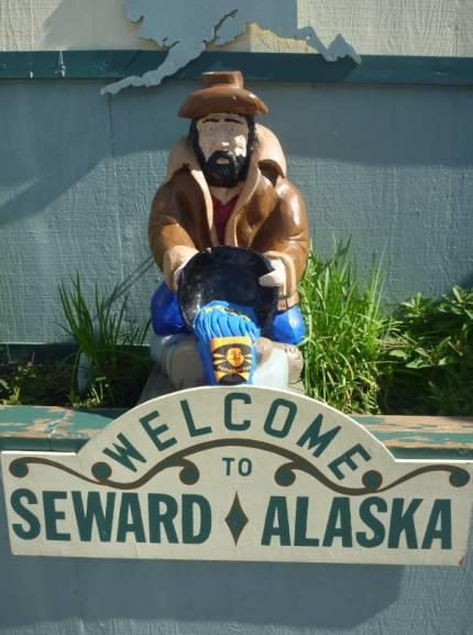 Fat Paddler in Seward, Alaska