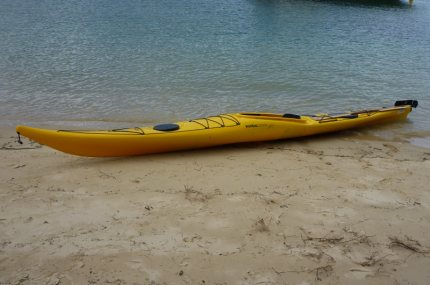 Epsilon P300 sea kayak: low profile rear deck perfect for eskimo rolls