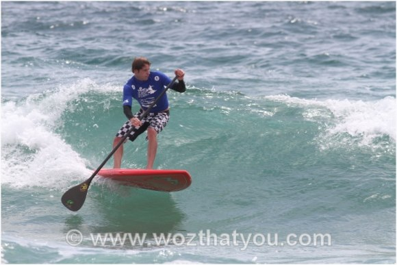 SUP fun at Manly Beach (Photo Credit: www.wozthatyou.com)