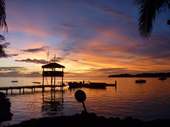 With Fijian sunsets like these, who wants to return home?? Not us!!