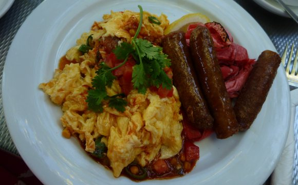 FP's brekky - TexMex Eggs with sausages on the side - yum!