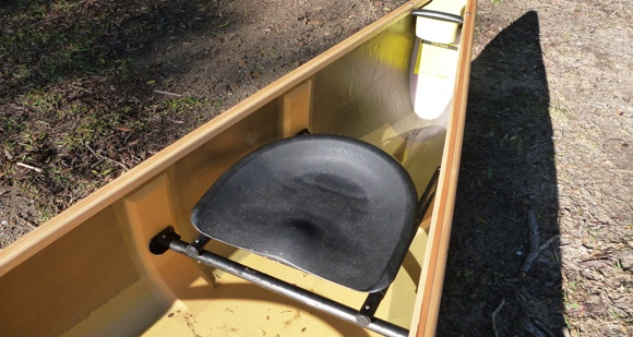 Adjustable sliding bucket seat - stern position