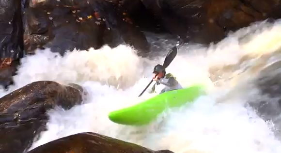 The 2011 Green River Extreme Kayak Race delivered spills aplenty!