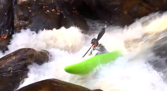 The 2011 Green River Extreme Kayak Race delivered spills aplenty!