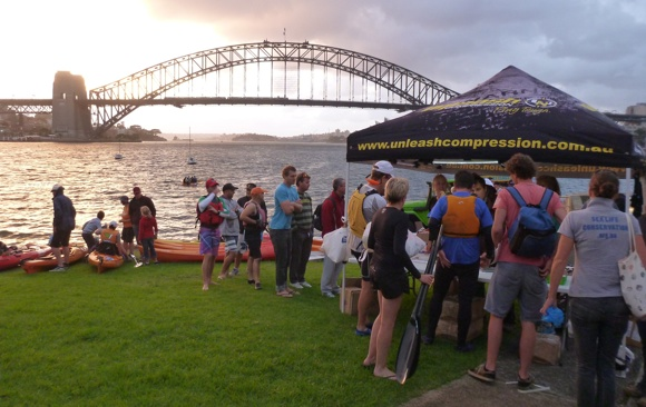 Paddlers registering for the 2013 Manly Wharf Bridge to Beach