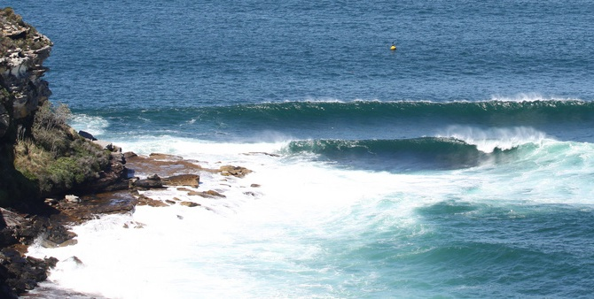 Dobroyd Point with an Easterly swell