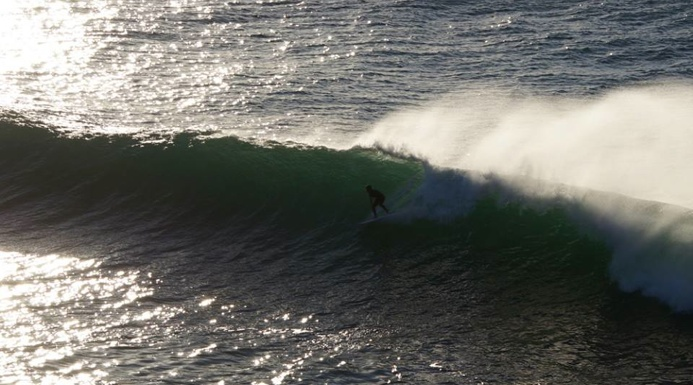 Clean winter sets rolling into Manly