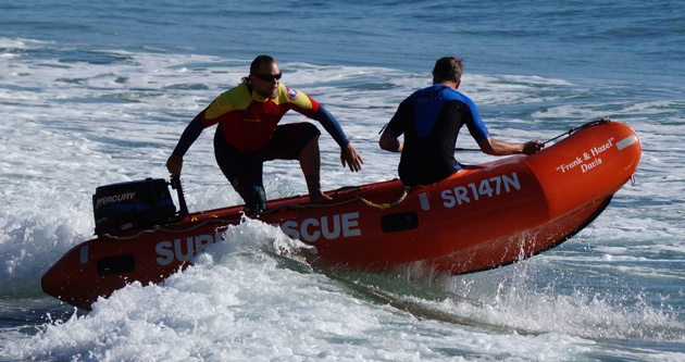 The Manly SLSC IRB teams drilling in the surf