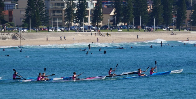Spec ski paddle squad - Manly Beach