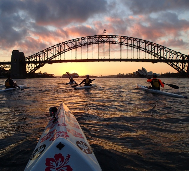 Sydney Harbour dawn, and Team Fat Paddler set-off for Manly
