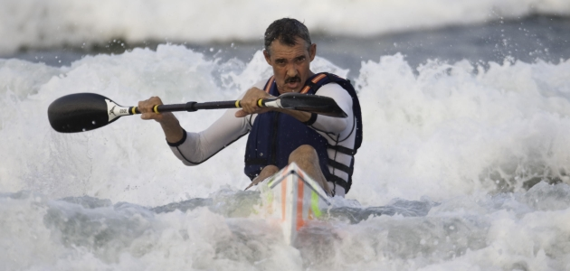 Barry's father Mark still loves his paddling (Img:  Anthony Grote, Gameplan Media)