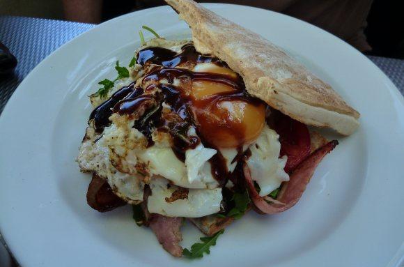 Grumm's brekky - The Egg and Bacon Sarny!