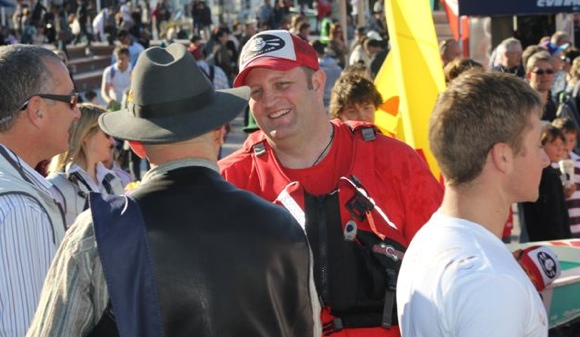 Chatting to onlookers after the race. Mike was probably off in search of cameras....