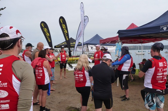 Dez from Blast Paddlers giving the pre-race briefing, course details etc