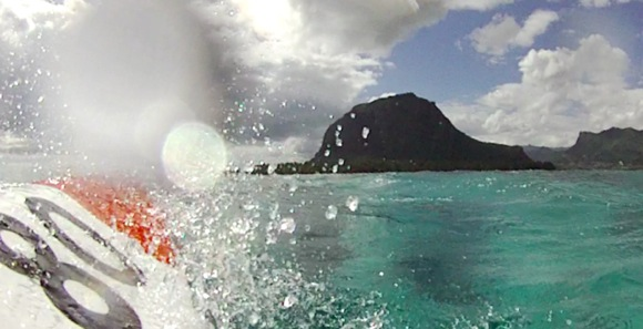 Finally into the Le Morne pass and in shallower water. Still plenty rough though.